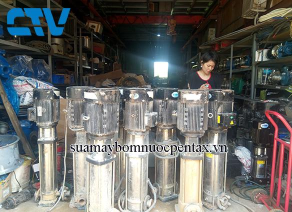 Cho thuê máy bơm trục đứng giá tốt nhất tại Hà Nội